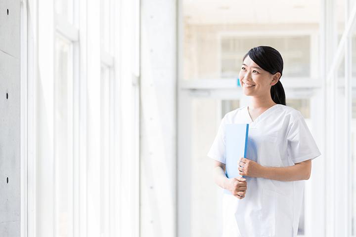 女性の看護師